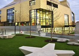 Institution featured at 70 percent quality 1109 front shot outiside the hive library uni worcester20120906 2 iwyg0t