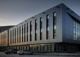 Institution featured at 70 percent quality 4407 university centre at blackburn college beacon centre20120906 2 13bnfgh