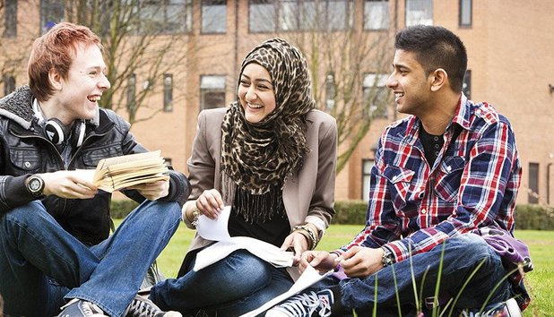 Advice full 886 students relax on campus lawn uni salford20120906 2 1stjlcz