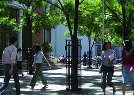 Institution featured at 70 percent quality 920 students outside campus20120906 2 128t830