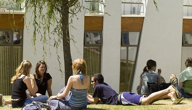 Advice full 308 students relax on campus lawns uni derby