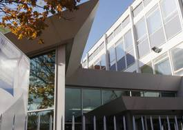 Institution featured at 70 percent quality n31 newham college  stratford campus  entrance